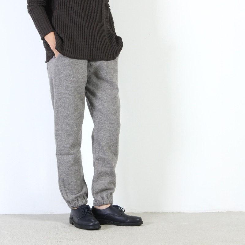 evameva (エヴァムエヴァ) press wool pants